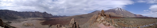 800px-Panorama_Teide_BW.jpg